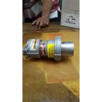 Sell socket plug explosion proof appleton