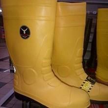 sepatu Safety Boot Petrova