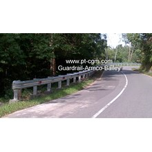 Pagar Pengaman Jalan Guardrail