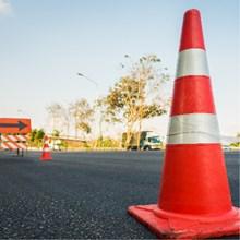 Pembatas dan Keamanan Jalan Raya