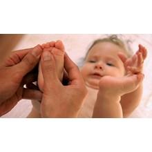 Layanan Pijat Bayi