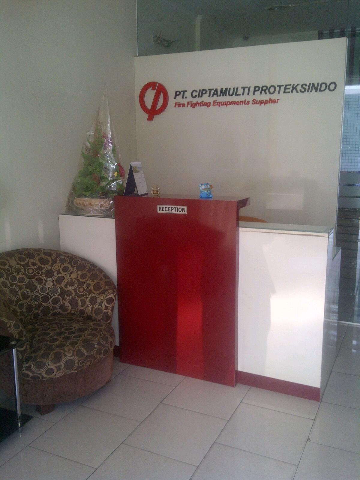 Logo PT Ciptamulti Proteksindo