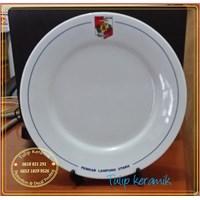 Piring keramik merchandise