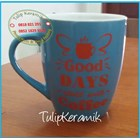 Red ceramic mug 3
