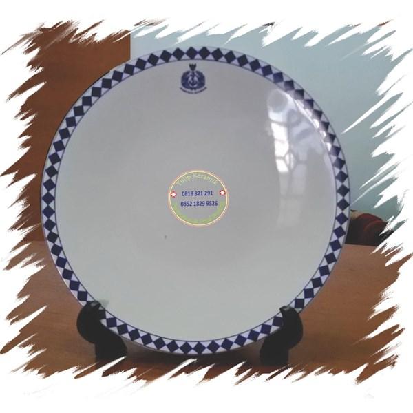 Piring Keramik Pajangan