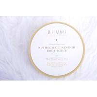 Bhumi Nutmeg & Cedarwood Body Scrub 1
