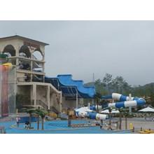 Tsunami Water Park Slide