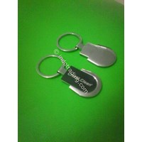 Souvenir Gantungan Kunci Metal Grafir 1