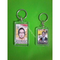Jual souvenir gantungan kunci acrylic 2