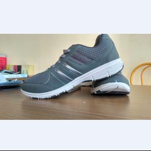Wakiza Nagoya Abu Putih Abu Shoes