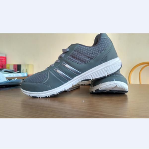 Sepatu Wakiza Nagoya Abu Putih Abu