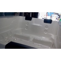 Distributor Jacuzzi Dingin Portable Bathtub Cocok Untuk Therapy 3