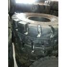 Ban Forklift Ban Solid Forklift Ban Mati Ban Pejal Ban Solid Non Marking Ban Polyurethane Relining Ban 4