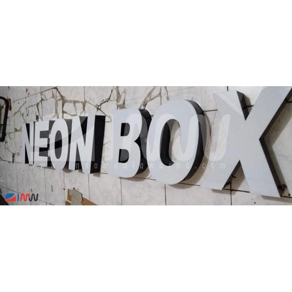 Huruf Timbul Akrilik Branding Mall Signage 3D