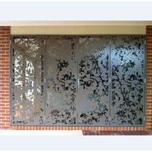 PIK glass door