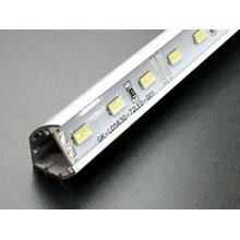 Lampu Triangle Strip Smd 3014 123 Led 12.3 W