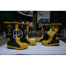 FIREFIGHTER BOOTS FMD-FIREMAN HARVIK SHOES UK CHEA