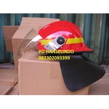 FIRE HELMET HELM SAFETY PEMADAM KEBAKARAN PLASTIK TAHAN API LOKAL GRADE 1