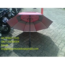 Golf umbrella stacking maroon