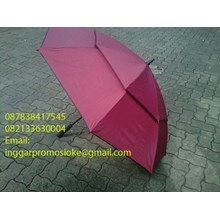 Golf umbrella stacking maroon 01