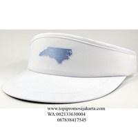 Topi golf promosi warna putih 1