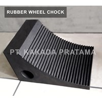 Rubber Wheel Chock Stand Rubber Tires or truck for road vehicles security parking 1