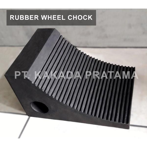 Karet Ganjalan Ban atau Wheel Chock untuk pengaman aksesoris Truk