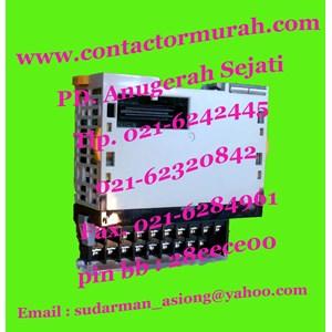 Omron 180VA tipe CJ1W-OC211 PLC