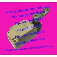 Jual Limit switch CWLCA2-2 10A Shemsco 2