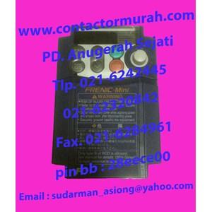 Fuji inverter tipe FRNO.75C1S-7A 9.7A