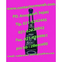 Jual Tipe D4N-212G limit switch Omron 2