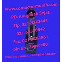 Distributor Limit switch tipe D4N-212G Omron 220V 3