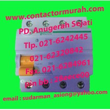 RCCB Schneider tipe DOM11030 40A