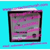tipe E24301VGNLNL Crompton voltmeter 0-30VDC
