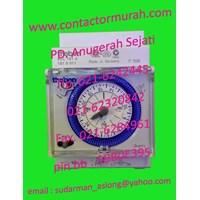 Beli timer tipe SUL181d Theben 110-230V 4