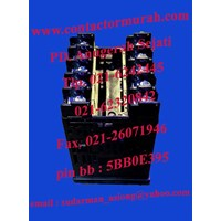 Beli temperatur kontrol E5CN-Q2MT-500 Omron 3A 4