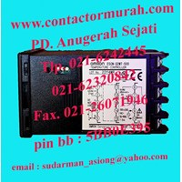 Distributor tipe E5CN-Q2MT-500 temperatur kontrol Omron 3A 3