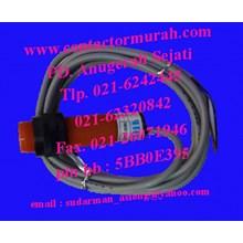 proximity sensor Fotek tipe CP18-30N 10-30VDC