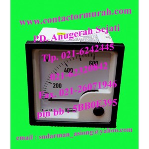 tipe E24302VGSJSJC7 Crompton voltmeter 600V