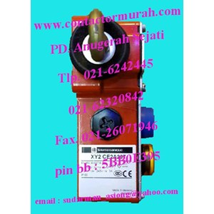 XY2CE2A297 telemecanique e-stop rope pull switch 230V