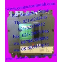 Distributor tipe LV510347 mccb schneider 3