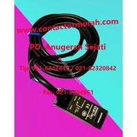 Distributor Foto Sensor tipe E3JK-TR11 Omron 3