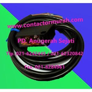 Foto Sensor tipe E3JK-TR11 Omron