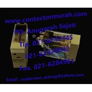 Omron 24VDC Relay dan Socket tipe G2R-2-SN