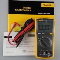 Fluke 15B Digital Multimeter 1