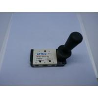 Hand Valve Pneumatic - 4H210-08 - AIRTAC