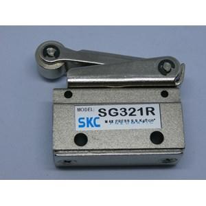 Mechanical Valve 2 Way 3/2 - SG321R-roller - SKC