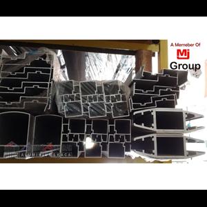 Dari Kusen Pintu Aluminium Alcomexindo 2