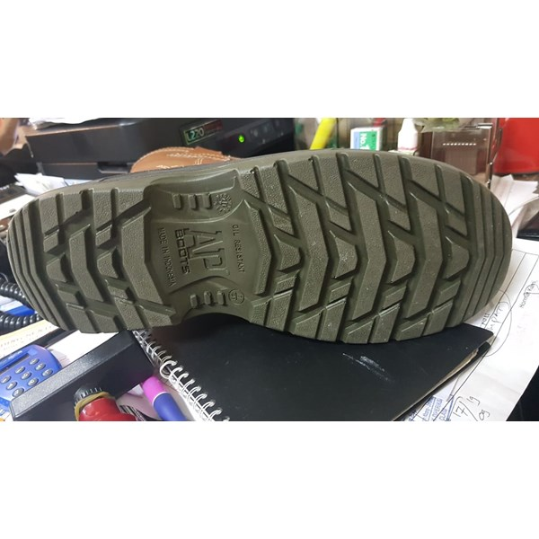 sepatu safety AP boots