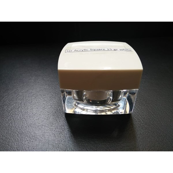 JAR ACRYLIC SQUARE 15 GRAM WHITE